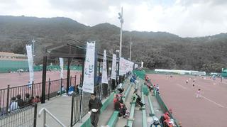 6)ねんりんピックソフトテニス競技会場風景.JPG