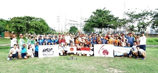 バリ州サヌールウィサタ中学生集合写真.JPG