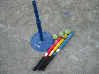 今回の野球教室で使用したケンコーティーボール用品.JPG