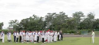 開会式であいさつする群馬県ソフトボール協会 星名建市副会長.JPG