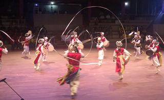 開会式での安城市の民族舞踊.JPG