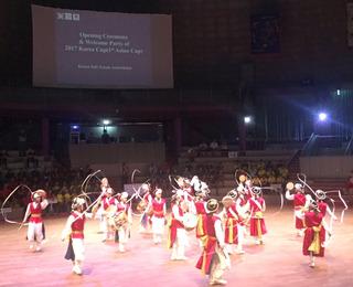 開会式での安城市の民族舞踊3.JPG